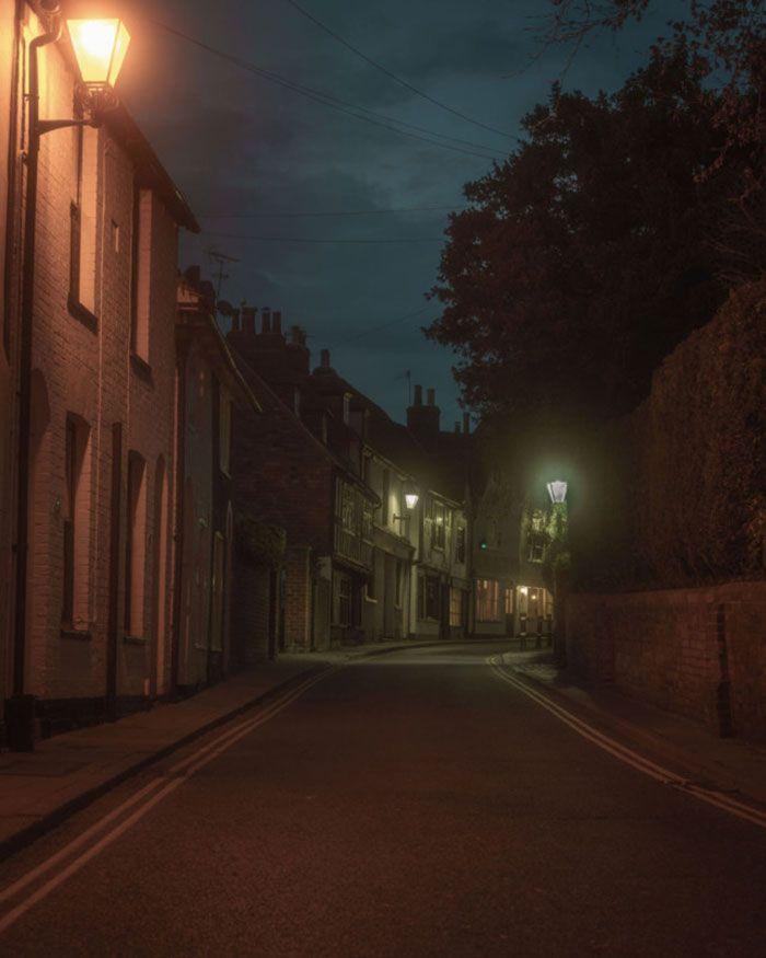تأثیر لامپ خیابانی بر محیط